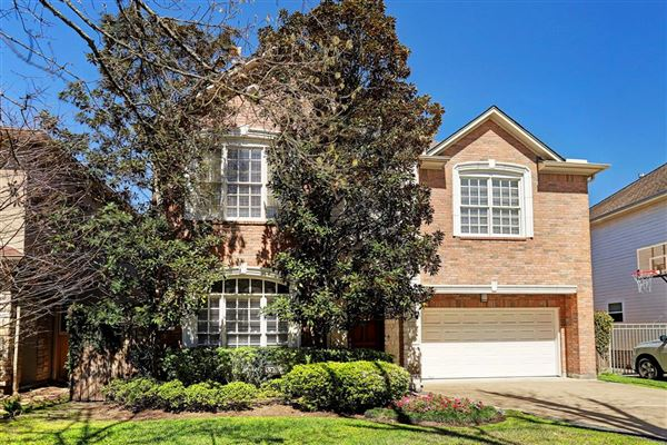 Charming GORGEOUS CLASSIC TWO STORY BRICK HOUSE | Texas Luxury Homes | Mansions For  Sale | Luxury Portfolio