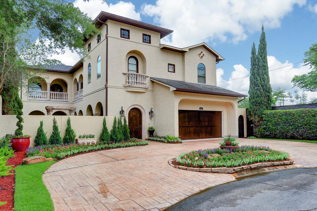 Stately spanish mediterranean texas luxury homes for Castle style homes for sale