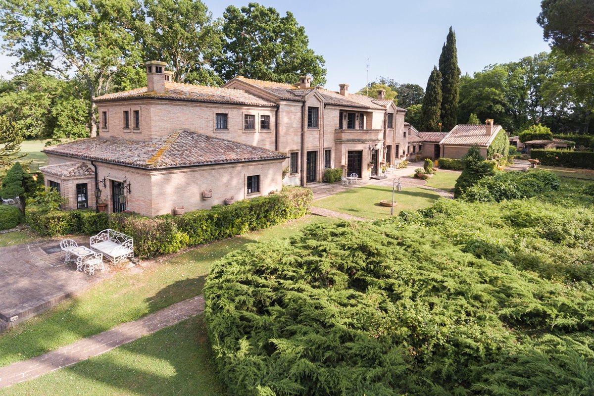 PRESTIGIOUS VILLA IN OLGIATA AREA IN ROME | Italy Luxury Homes | Mansions  For Sale | Luxury Portfolio