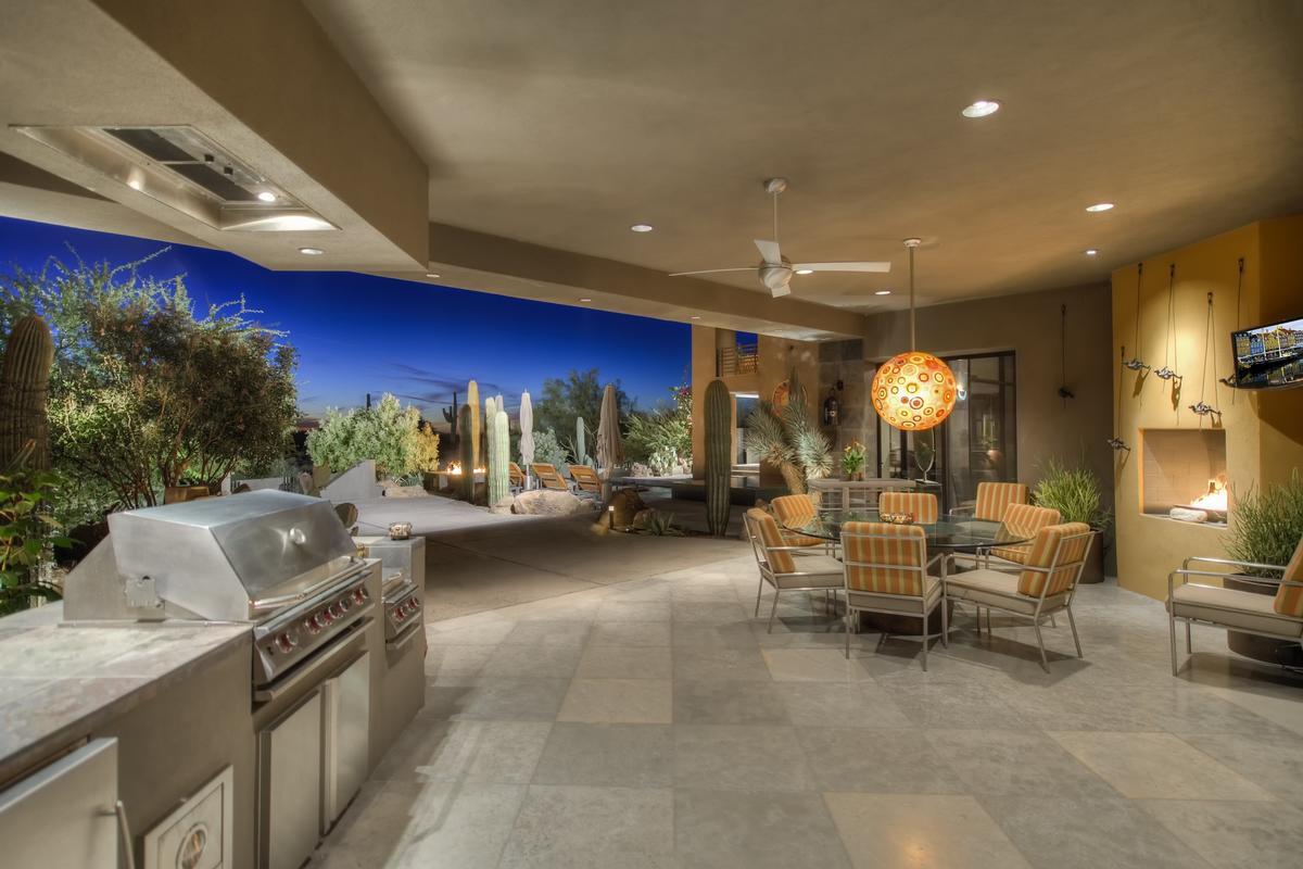 CANYON HEIGHTS | Arizona Luxury Homes