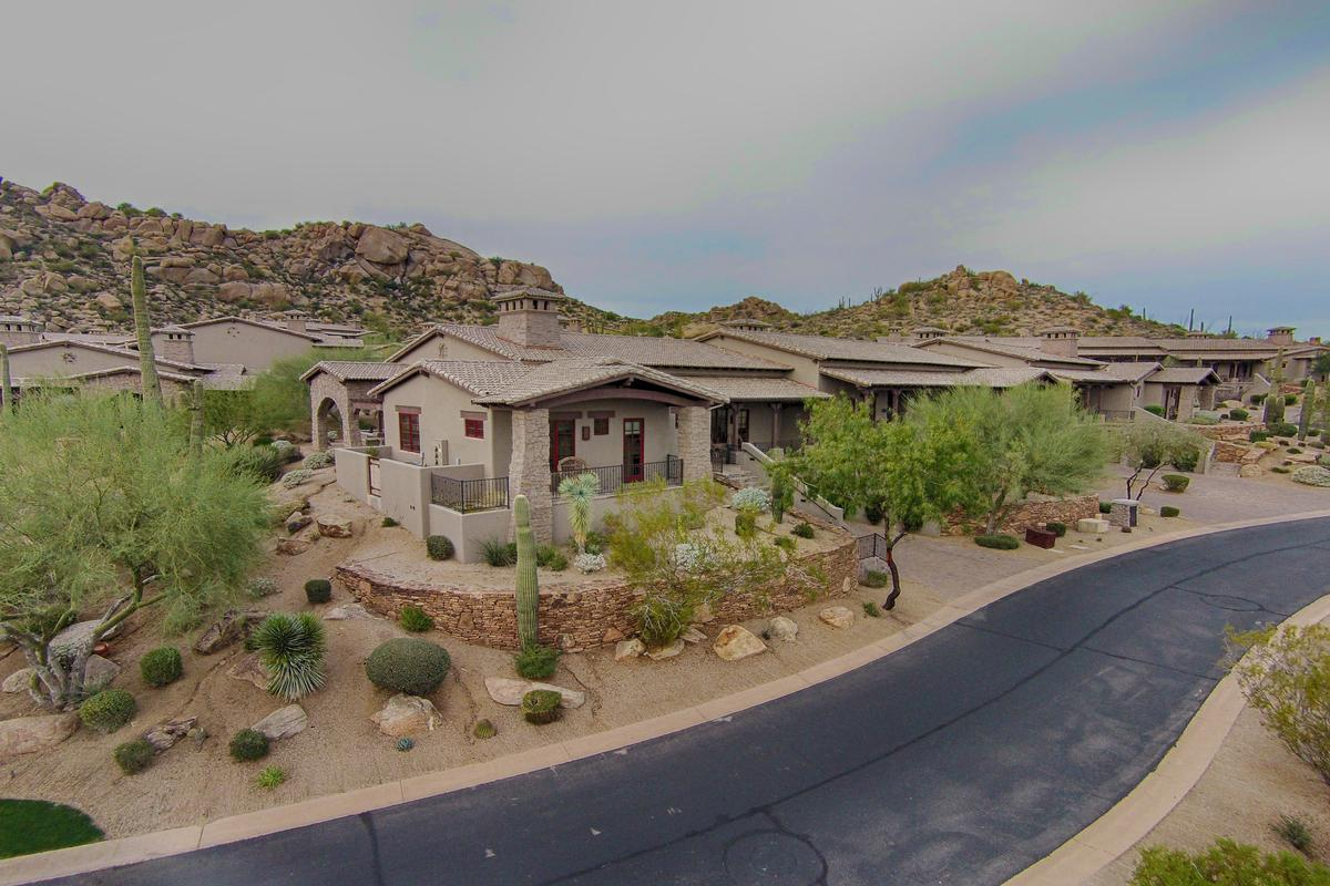 The rocks residence club scottsdale arizona arizona for Mansions for sale in scottsdale az