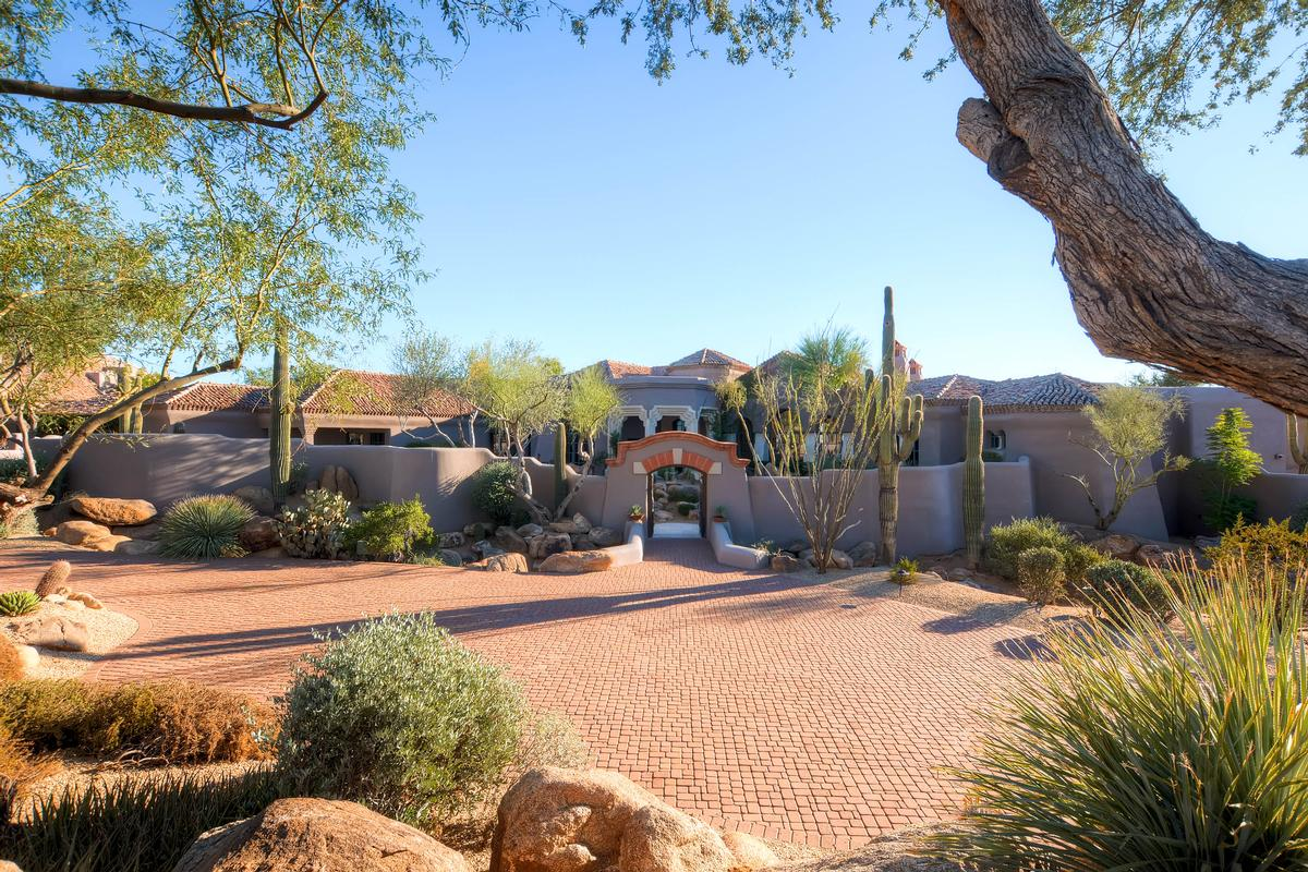 World Class Desert Estate on 7 Acres. US $7,900,000 in Scottsdale, AZ ...