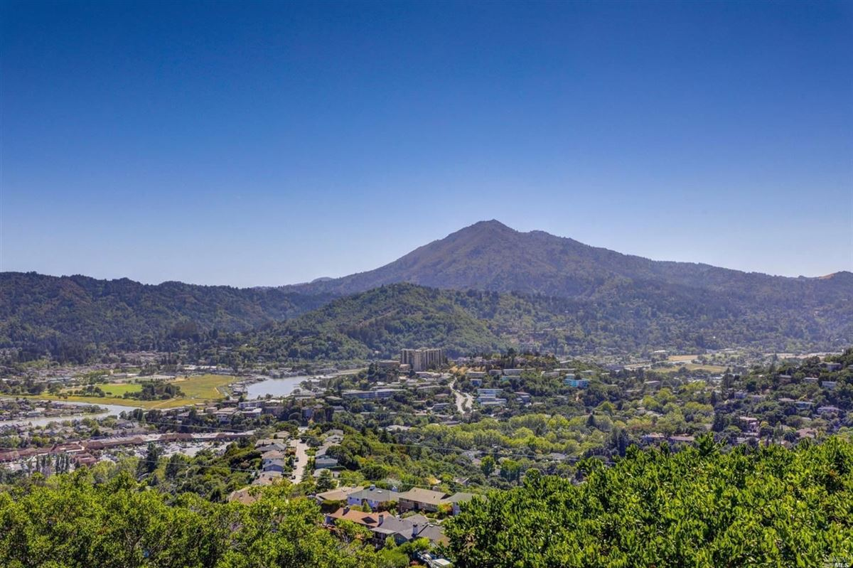 Spacious resort like gated home in san rafael california luxury luxury homes for sale dailygadgetfo Gallery