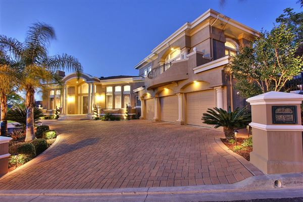 Exquisite custom estate california luxury homes for Luxury houses for sale in california