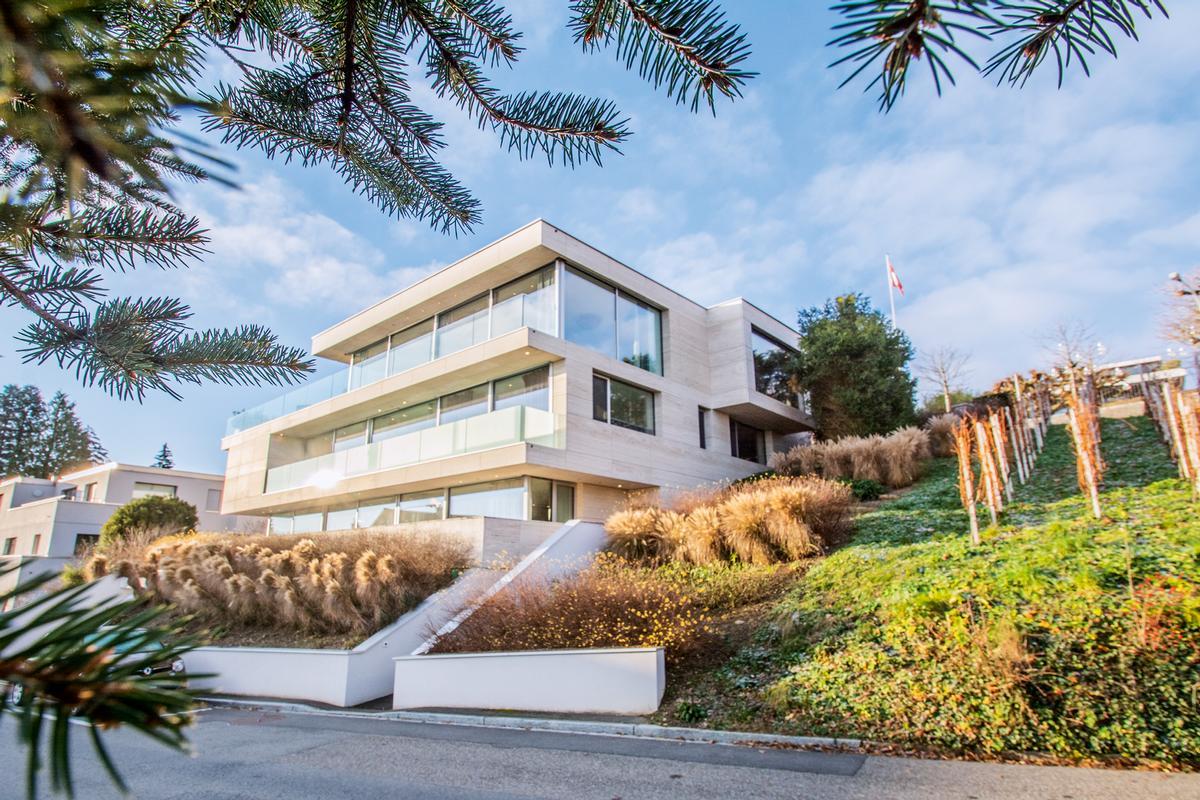 VILLA IN KILCHBERG ON THE LAKE OF ZURICH | Switzerland Luxury Homes |  Mansions For Sale | Luxury Portfolio