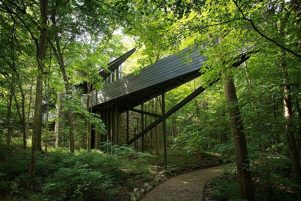 LUXURIOUS NASHVILLE TREE HOUSE RETREAT Tennessee Luxury Homes