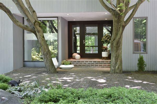 Glasshouse Göppingen irvington luxury homes and irvington luxury estate property