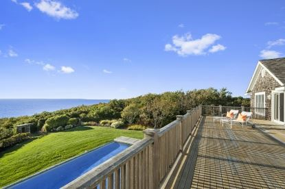 The hamptons luxury homes and the hamptons luxury real for Luxury hamptons real estate