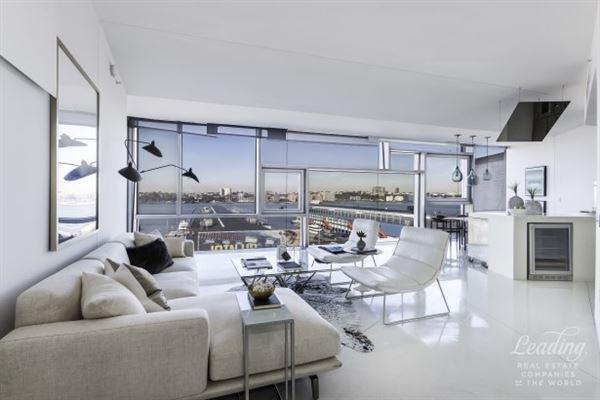 Luxury Homes For Sale. Luxury Real Estate. Luxury Homes Minimalist Three  Bedroom Masterpiece