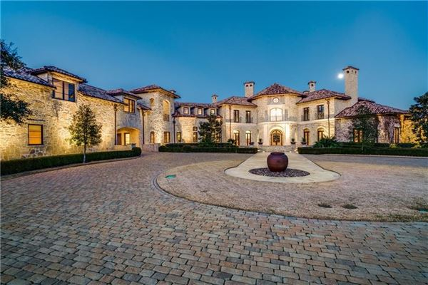 Grand tuscan residence texas luxury homes mansions for for Texas fine home builders