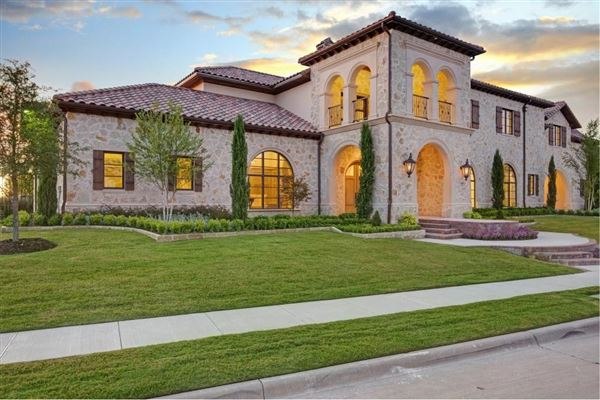 Exquisite italianate mansion texas luxury homes for Italianate homes for sale