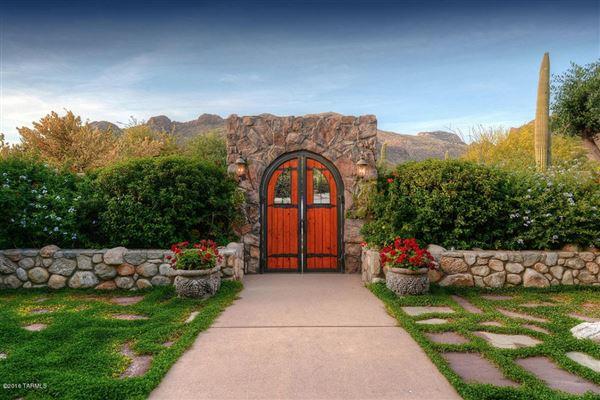 A STUNNING TUSCAN STYLE MASTERPIECE Arizona Luxury Homes - Luxury homes in tucson az