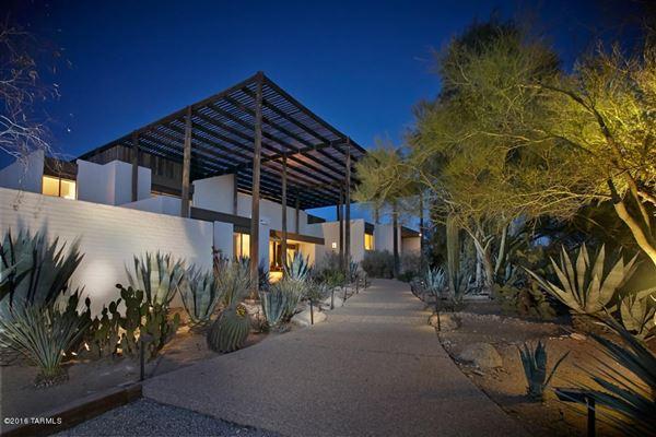 ENERGY EFFICIENT RAMADA HOUSE IN TUCSON Arizona Luxury Homes - Luxury homes in tucson az