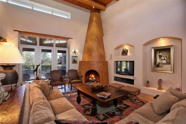 Santa fe style homes in arizona