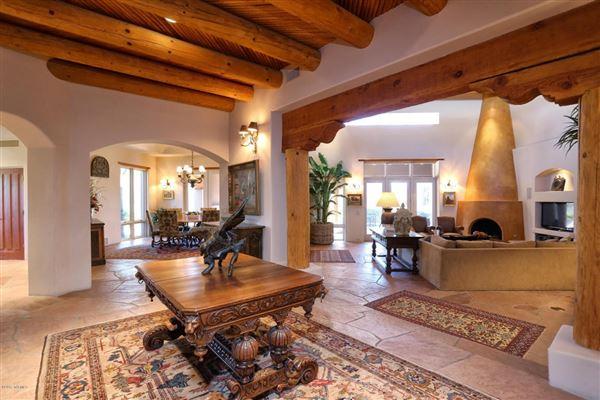 Unparalleled southwestern santa fe style residence for Santa fe style homes