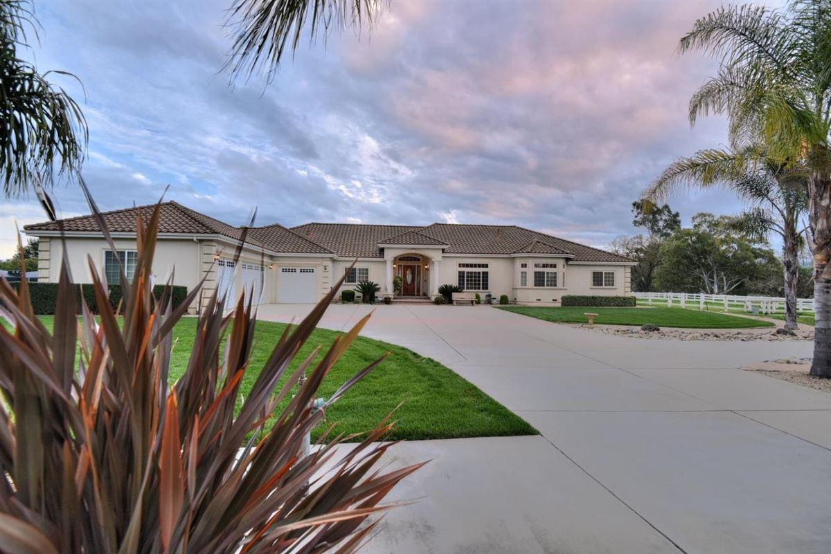1330 Rucker, Gilroy, CA - USA (photo 3)