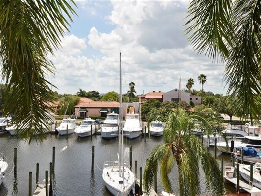 Hidden Waterfront Jewel Florida Luxury Homes Mansions For Sale Luxury Portfolio