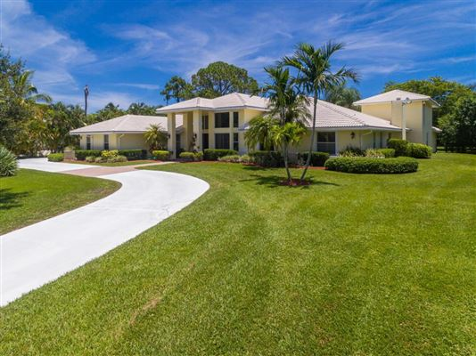 LOVELY PALM BEACH GARDENS HOME   Florida Luxury Homes   Mansions For ...