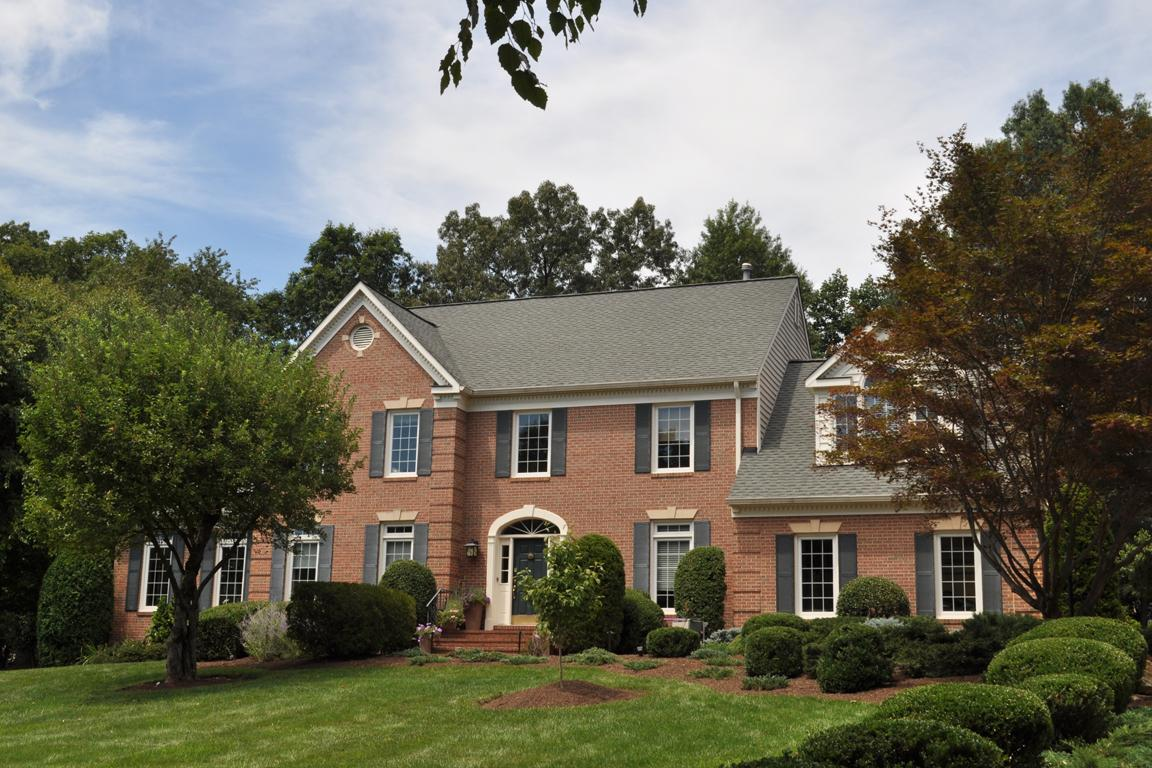 Spectacular colonial inside and out virginia luxury for Southern estate homes
