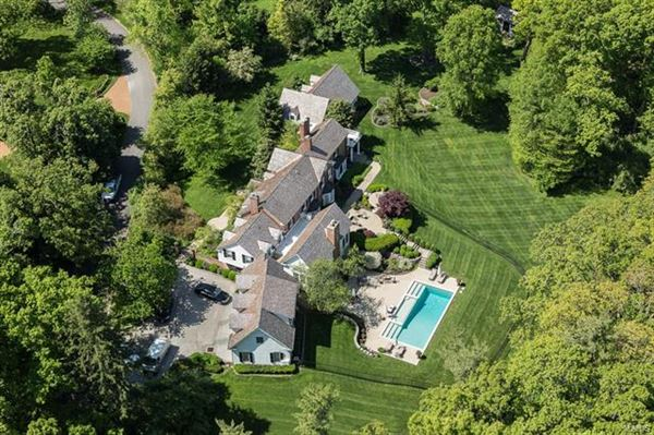 luxuriously restored executive estate  ladue missouri luxury homes mansions  sale
