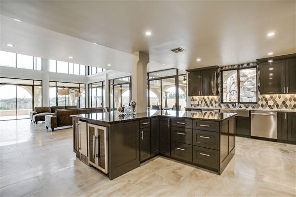 Amazing multi level home in san antonio texas luxury for Multi level homes for sale