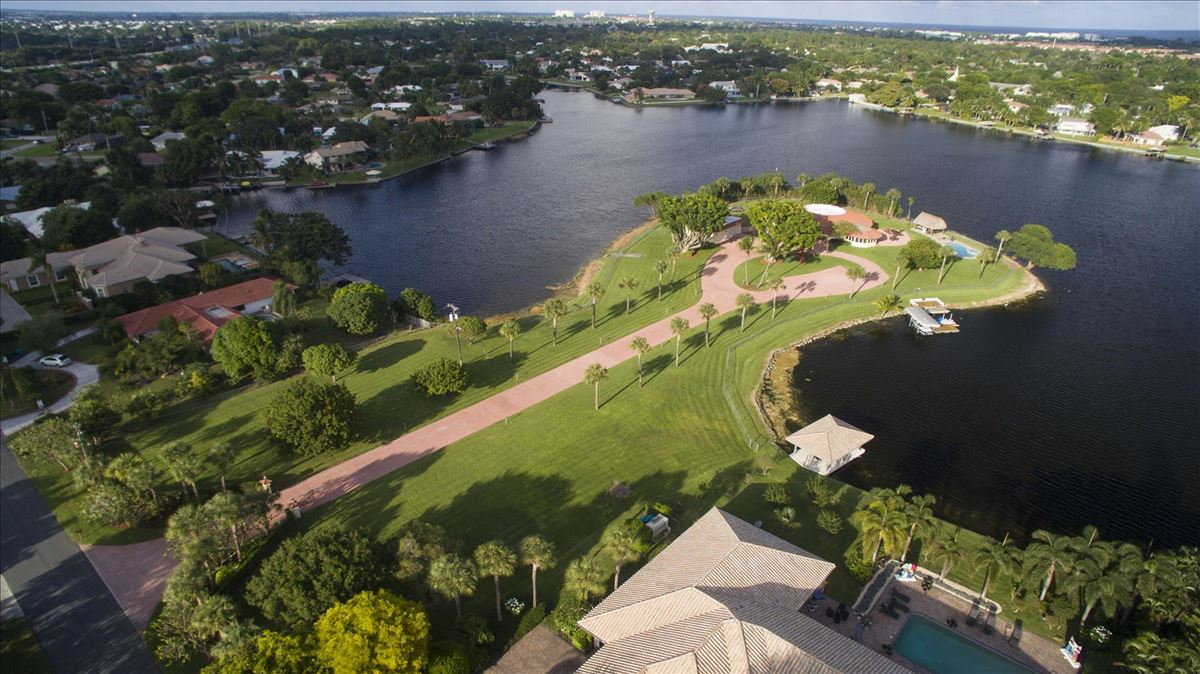 3850 S Lake Drive, Boynton Beach, FL - USA (photo 2)
