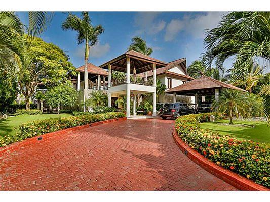 Punta cana resort and club dominican republic luxury for Homes for sale dominican republic punta cana
