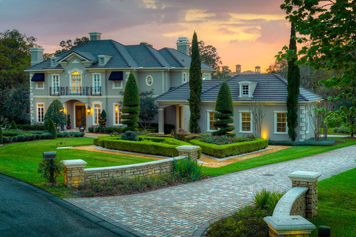 EXQUISITE LUXURY ESTATE IN EXCLUSIVE STILLWATER | Florida Luxury Homes |  Mansions For Sale | Luxury Portfolio