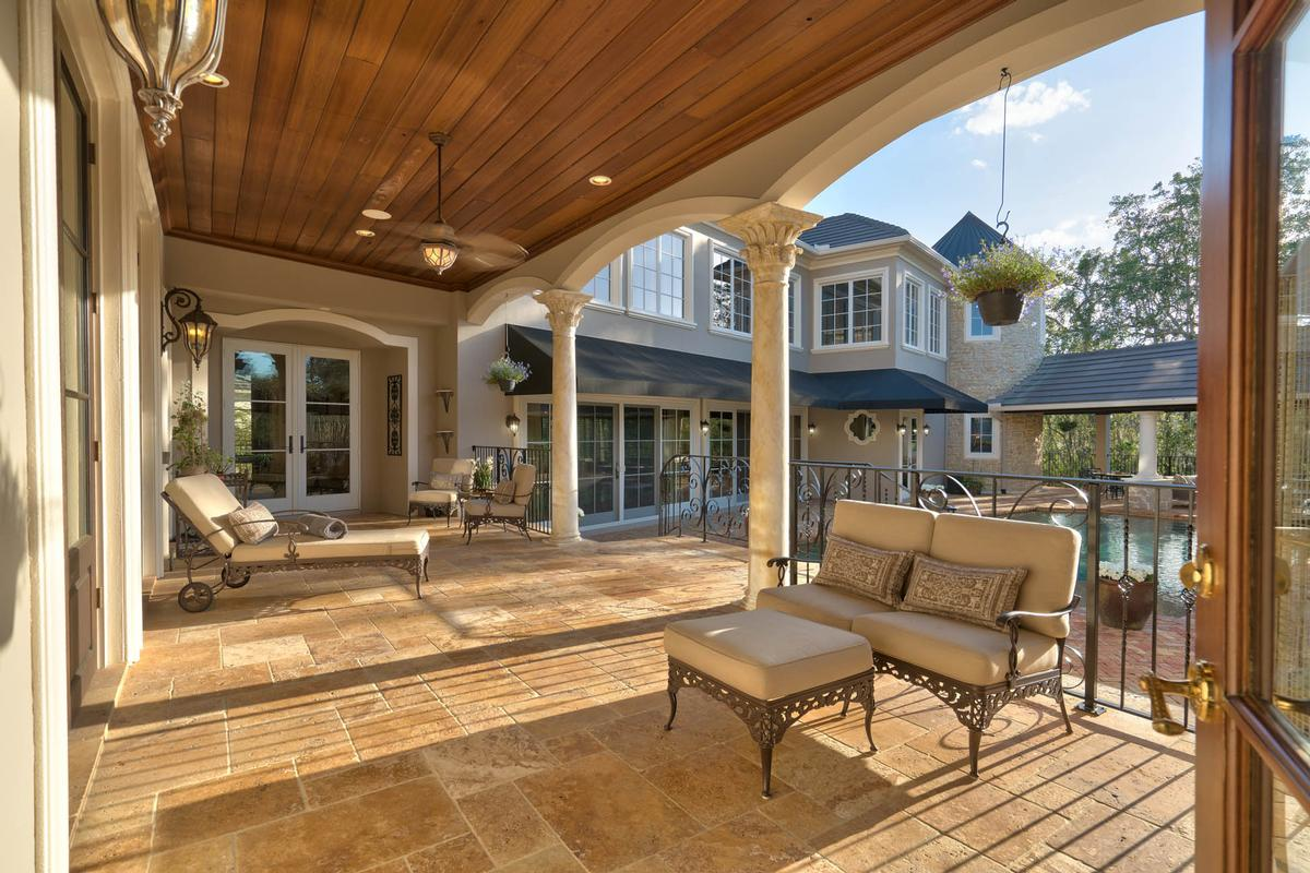 Exquisite Luxury Estate In Exclusive Stillwater Florida