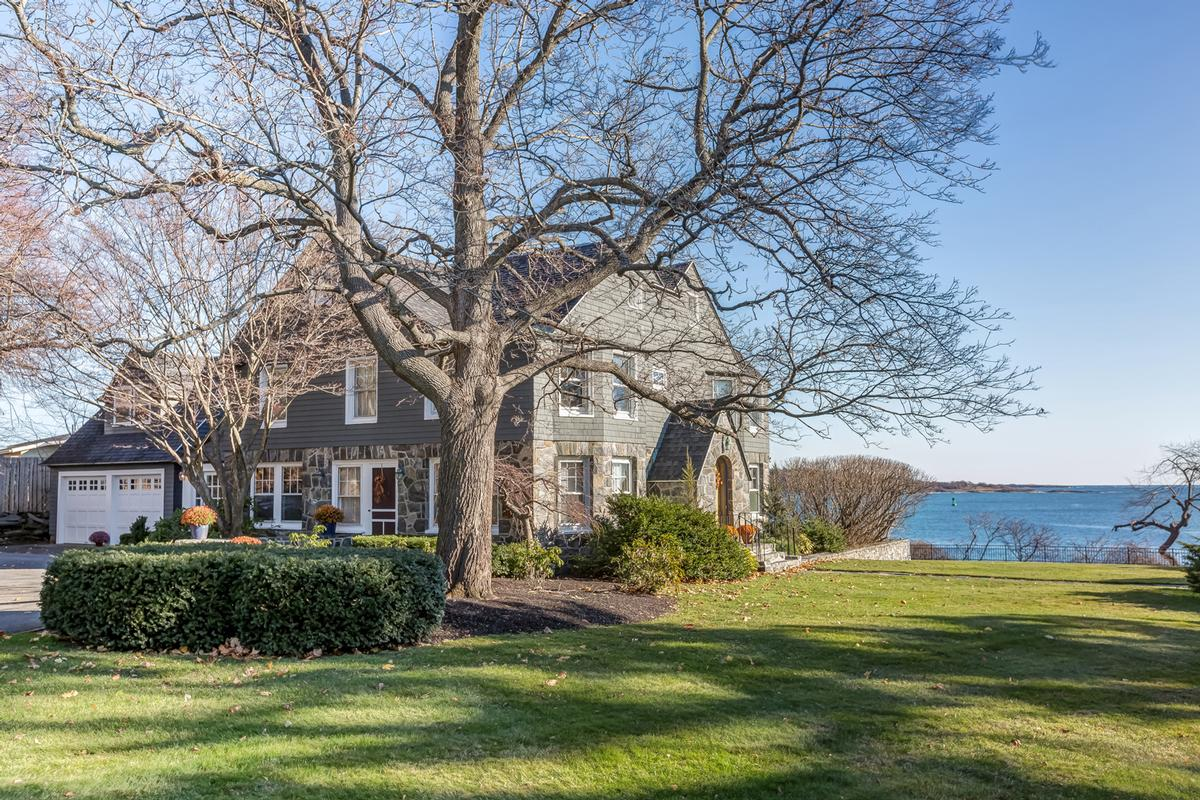 maine luxury homes and maine luxury real estate