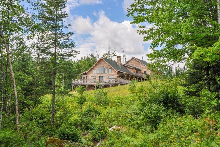 Custom built adirondack log home new hampshire luxury Log homes in new hampshire