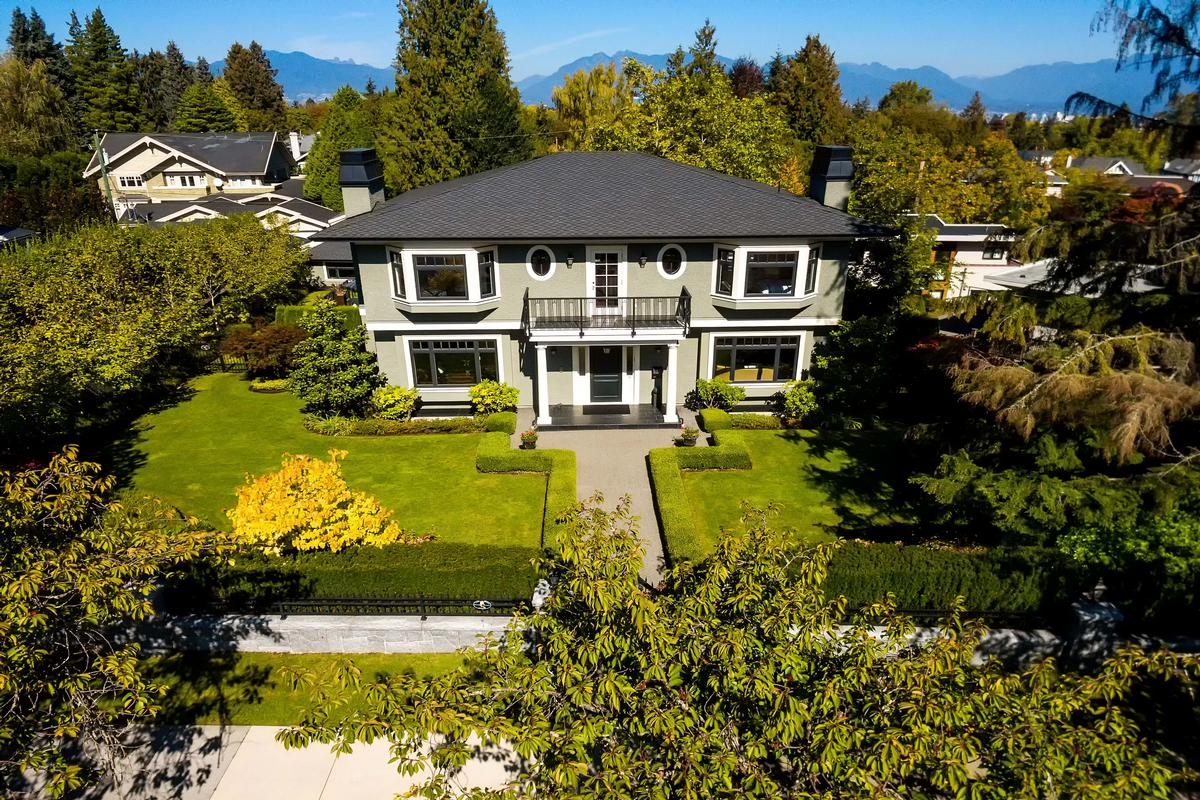 Greater vancouver luxury homes and greater vancouver for Vancouver bc houses