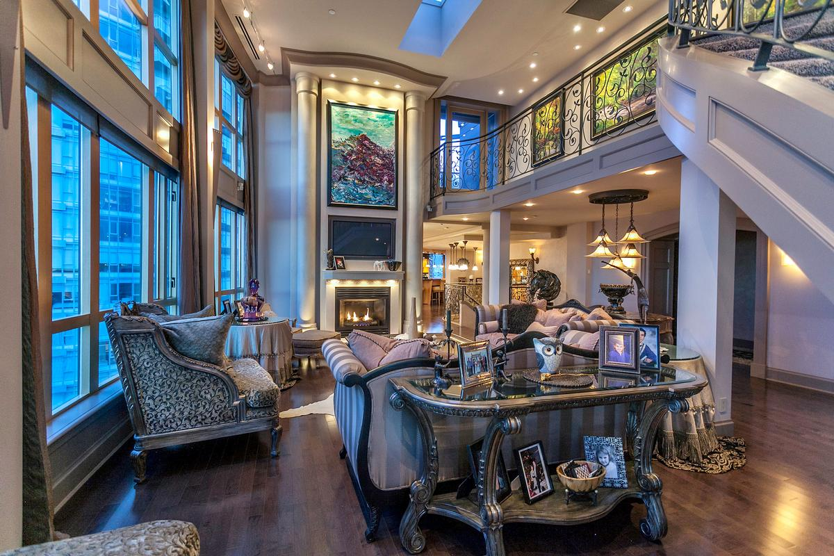 SENSATIONAL TROPHY VANCOUVER PENTHOUSE British Columbia Luxury