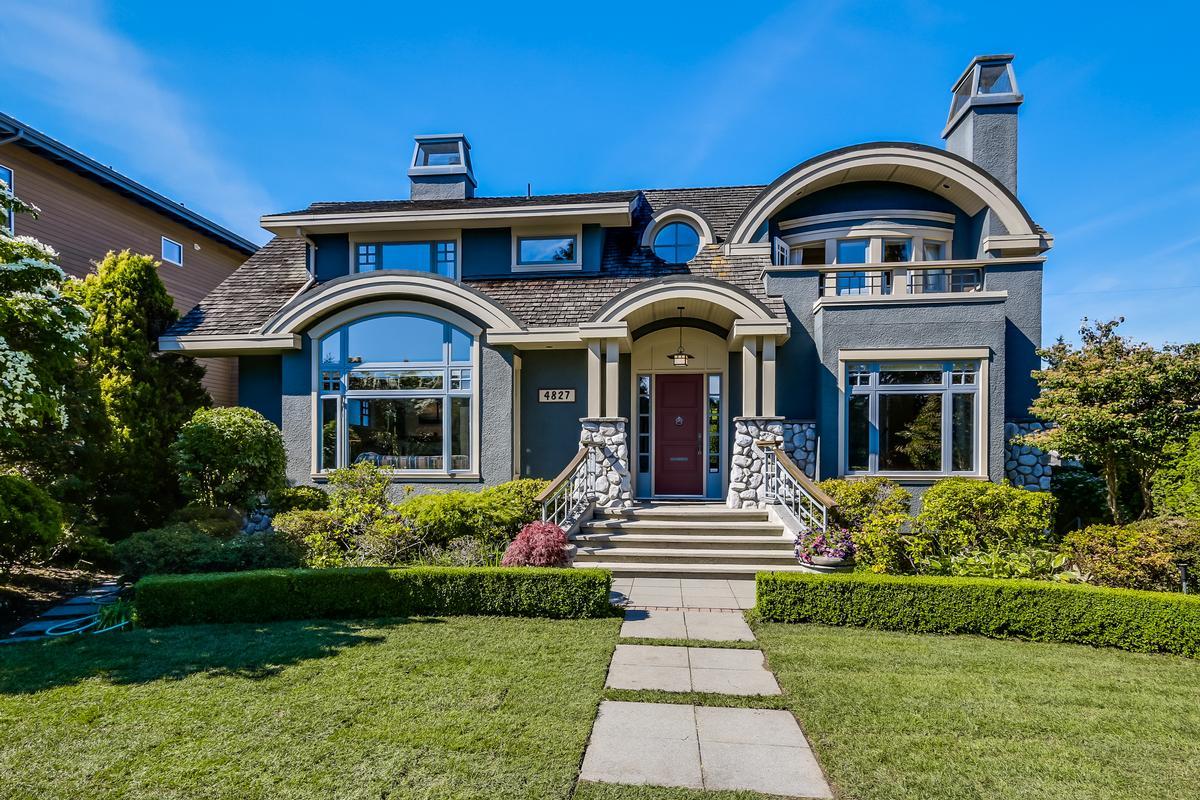 Elegant custom home british columbia luxury homes for Elegant luxury homes
