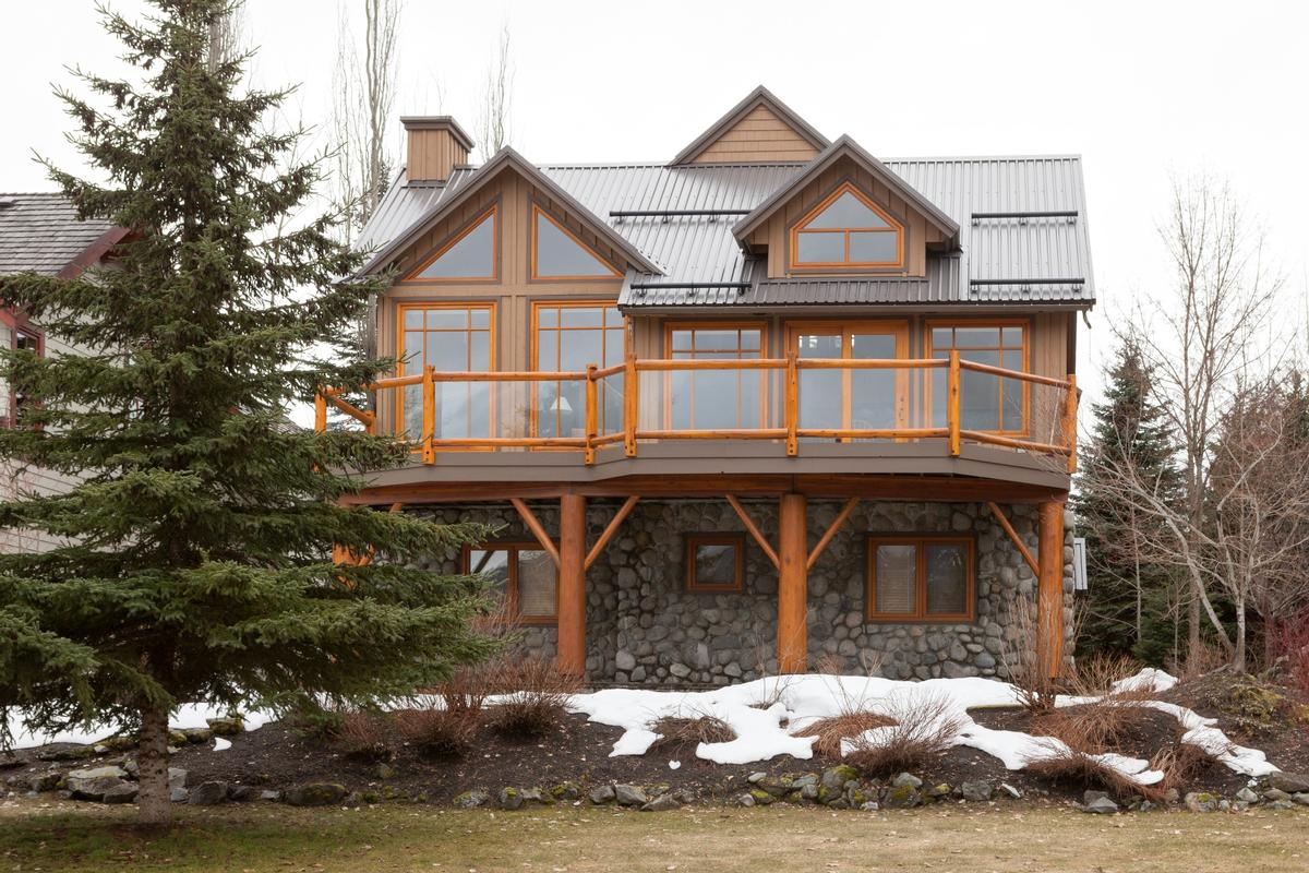 Excellent nicklaus north cabin british columbia luxury for Cabine in whistler