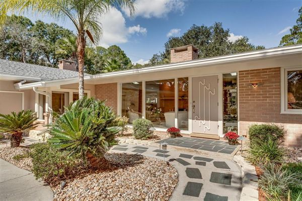 Amazing Mid Century Modern On Doctors Lake Florida