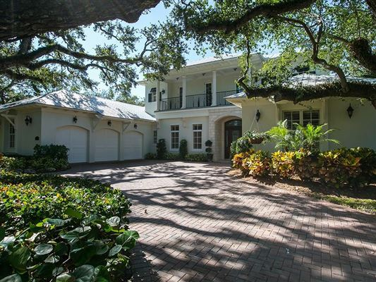 Luxury real estate & CANAL FRONT HOME SURROUNDED BY CANOPY OAKS | Florida Luxury Homes ...