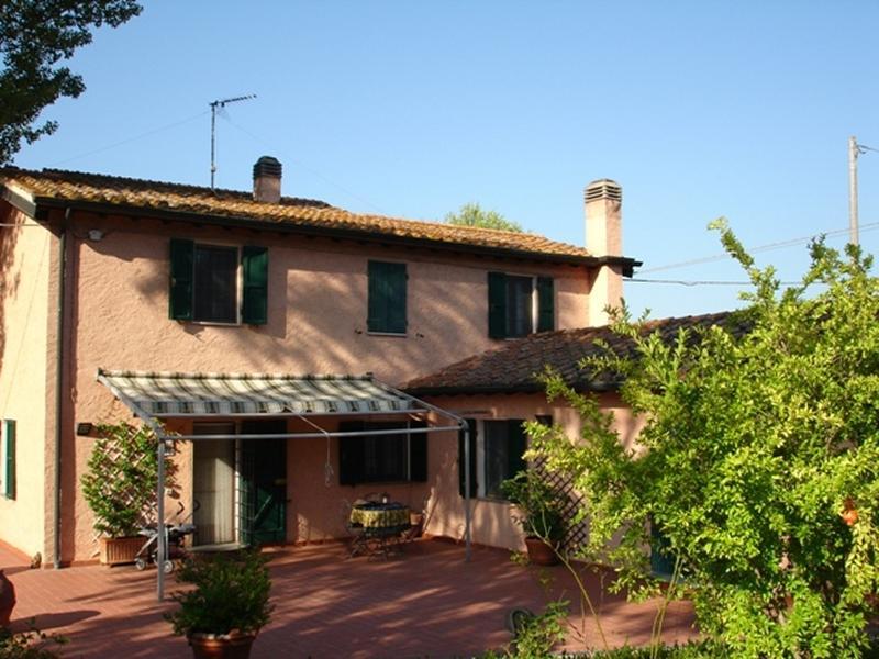 Montescudaio - ITA (photo 2)
