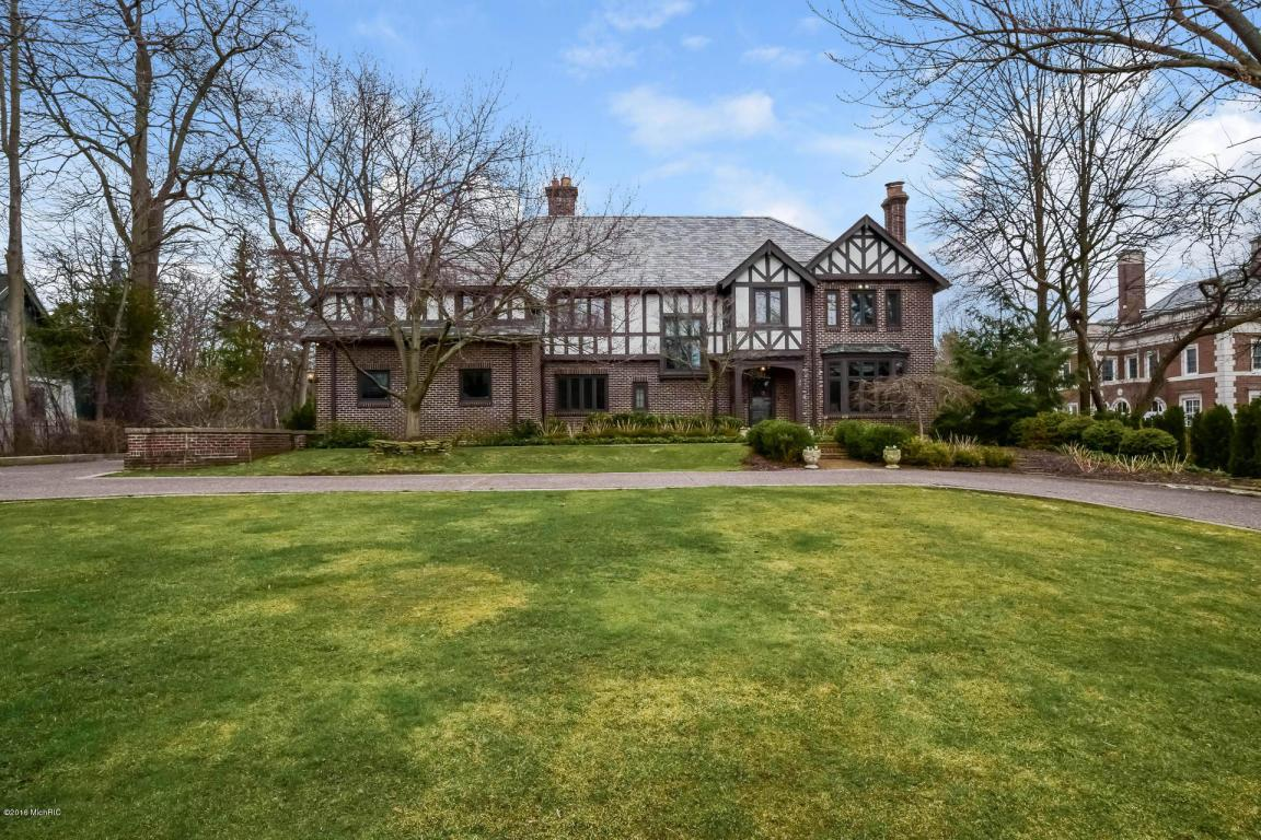 authentic english tudor michigan luxury homes mansions for