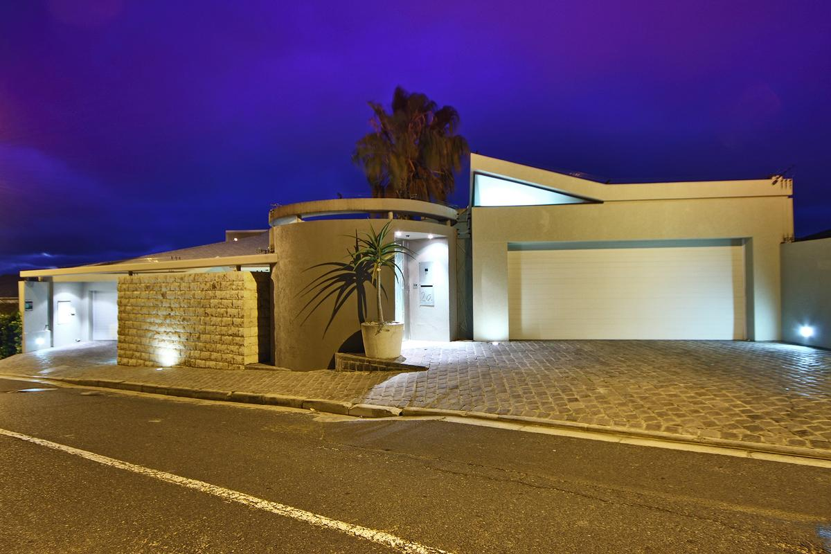 High Quality A STATEMENT IN STYLE | South Africa Luxury Homes | Mansions For Sale |  Luxury Portfolio