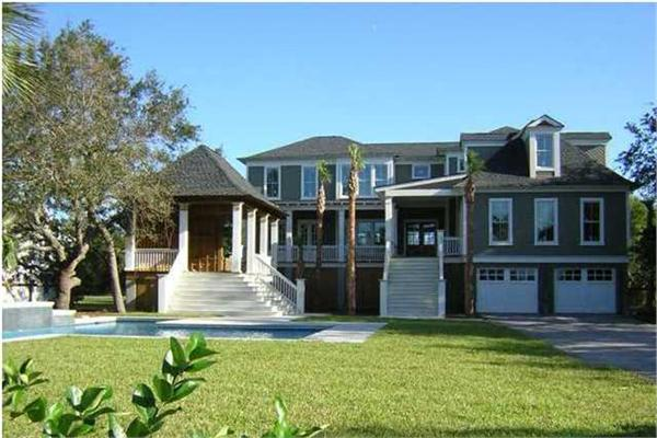 Sullivans island luxury real estate charleston south for Luxury home builders charleston sc