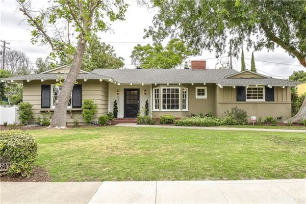 Beautiful ranch style home in santa ana california for Beautiful ranch homes