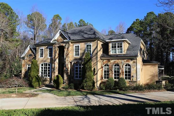 A Stunning Home In Raleigh
