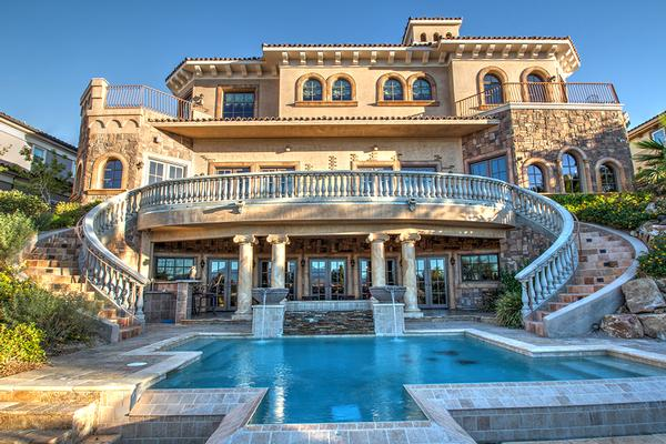 Lovely tuscan style home in south shore nevada luxury Luxury home builders usa