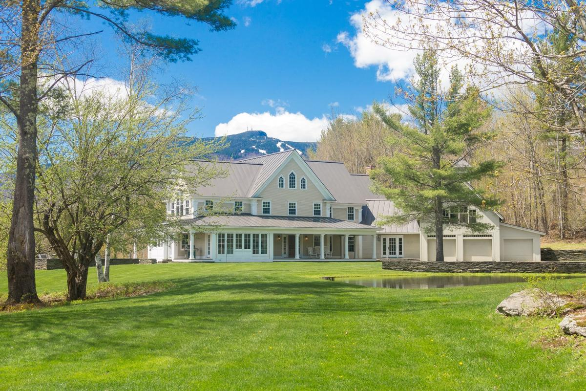 Vermont luxury homes and vermont luxury real estate for Home builders in vermont