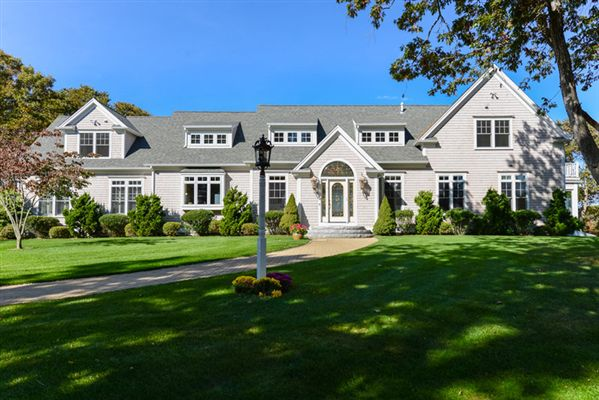 Spacious home in estate like setting luxury portfolio for Cape cod luxury homes