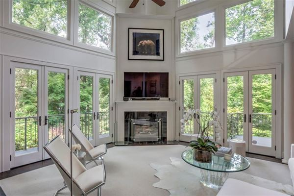 A TRULY BEAUTIFUL HOME IN ATLANTA | Georgia Luxury Homes | Mansions For  Sale | Luxury Portfolio