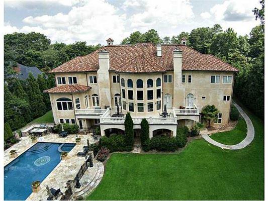 Property search results luxury portfolio for Luxury house plans atlanta ga