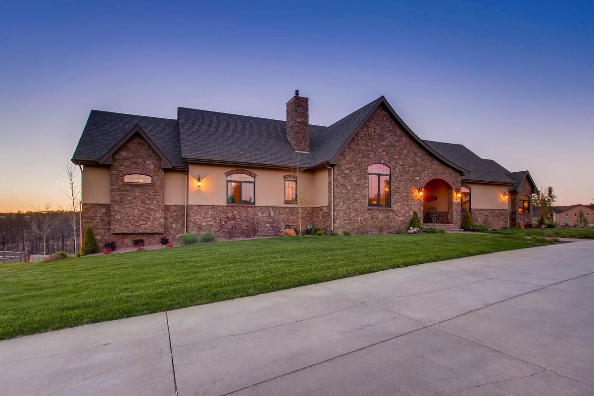 BEAUTIFUL BLACK FOREST ESTATE | Colorado Luxury Homes | Mansions For Sale |  Luxury Portfolio