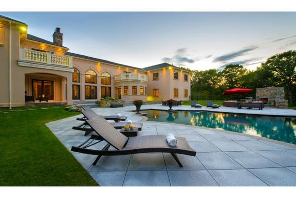 Luxury Homes For Sale In Portsmouth Ri
